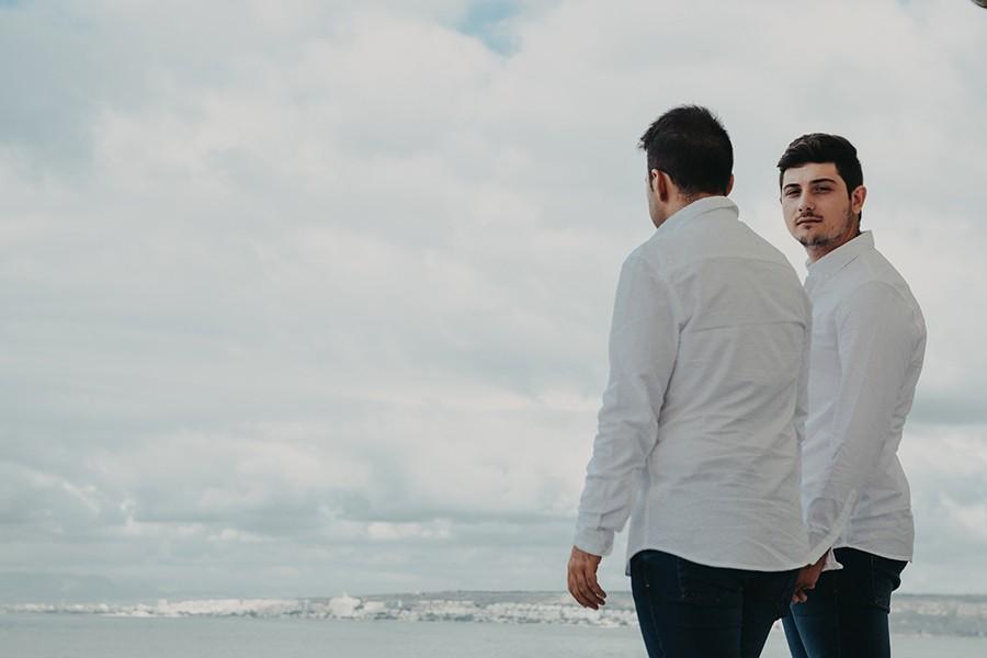 pareja junto al mar en Tabarca