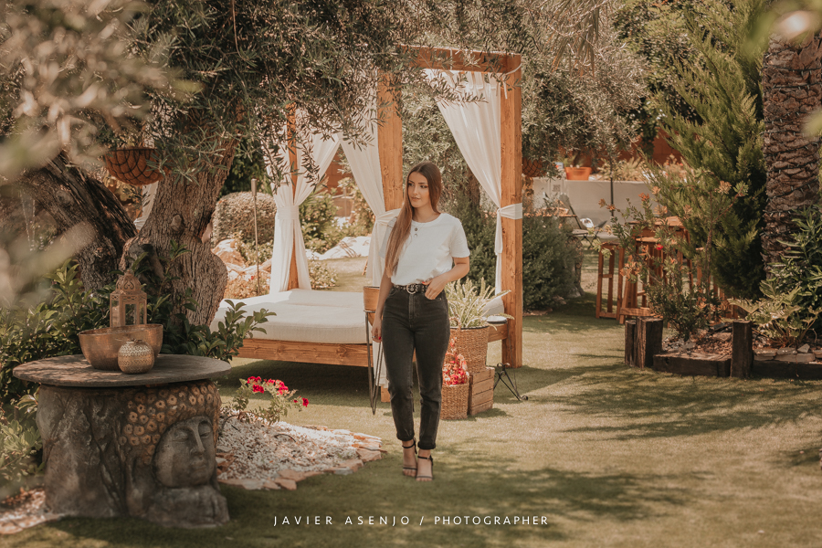 Mobiliario de jardin chic, camas balinesas de finca para bodas la llaguna