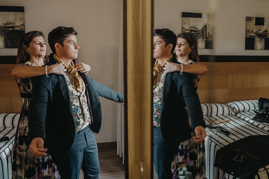 chaleco hecho de tela espolinada traje regional alicantino de boda