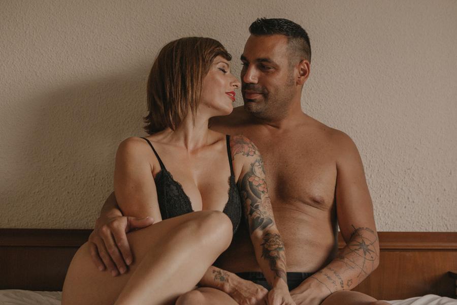 fotos de pareja en la cama